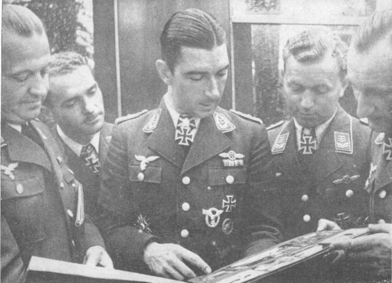 Hyperwar handbook on german military forces chapter 9 for Air force decoration guide