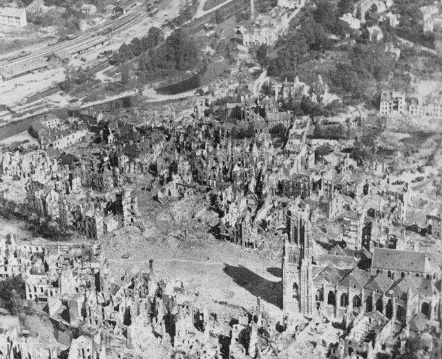 Saint-Lo France  city photos gallery : HyperWar: St Lo 7 July 19 July 1944