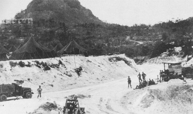 http://www.ibiblio.org/hyperwar/USA/USA-P-Okinawa/img/USA-P-Okinawa-p179a.jpg