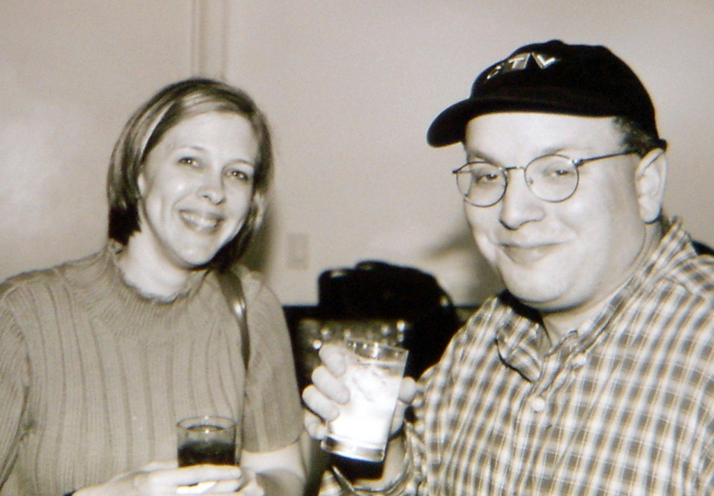 Dana and Gary Price enjoy cold beverages in New York, 2003 (From Chris Hardesty)