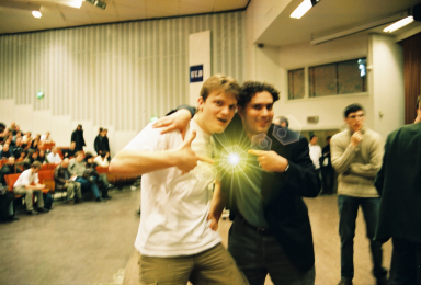 Fig. 1: Wout Mertens and Daniel Robbins discover a quantum singularity