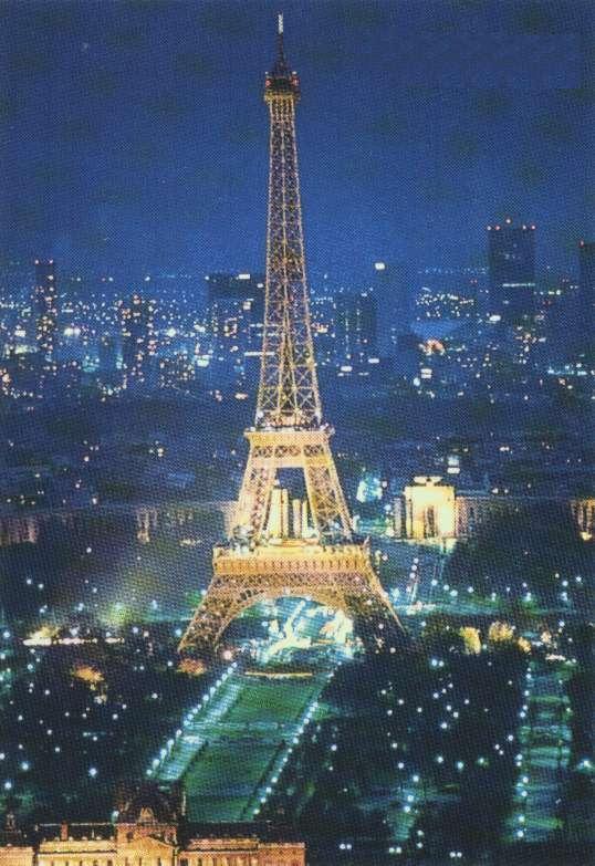 Image d Paris Eiffel.air-nuit