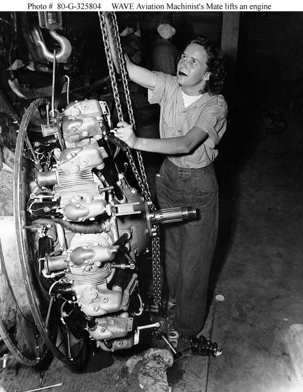 Women and the U.S. Navy -- WWII era WAVES -- Aviation Machinist's ...