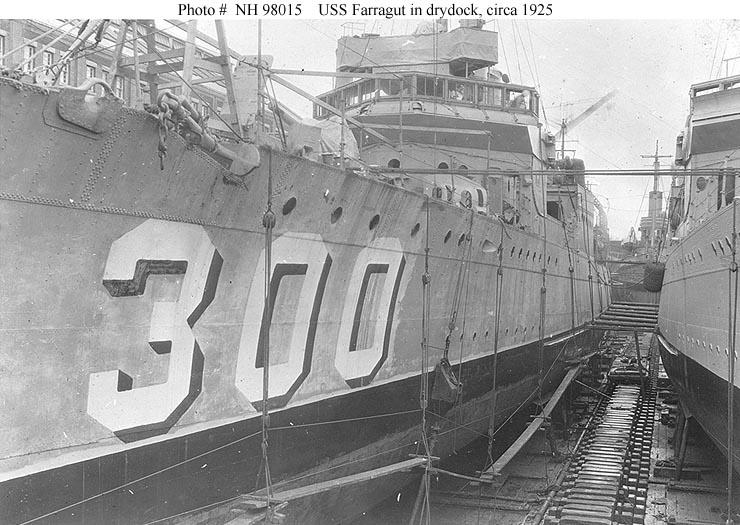 USN Ships--USS Farragut (DD-300) -- On Board and